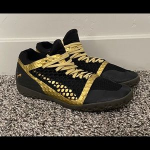 PUMA Black Gold Running Gym Shoes Women's 7
